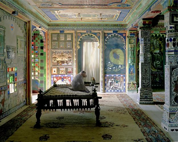 All photographs by Karen Knorr. THE PRIVATE AUDIENCE, AAM KHAS, JUNHA MAHAL, DUNGARPUR.