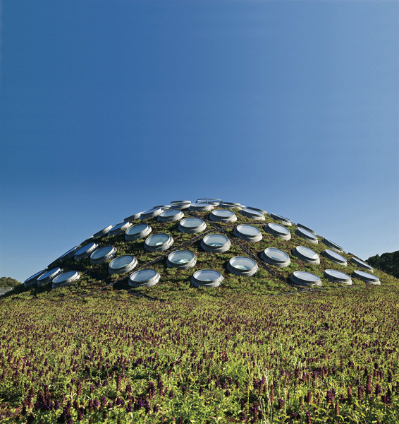 Green roof at California Academy of Sciences, San Francisco, California.  By SWA Group.