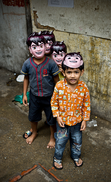 <em>Gangs of Phnom Penh</em>, William Palank Photography