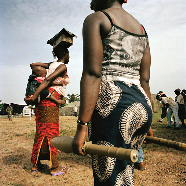 Tim Hetherington Untitled, Liberia, 2004 Digital C-print © Tim Hetherington, Courtesy Yossi Milo Gallery, New York