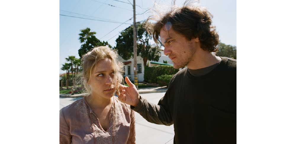 Ingrid (Chloe Sevigny) and Brad McCullum (Michael Shannon) in
