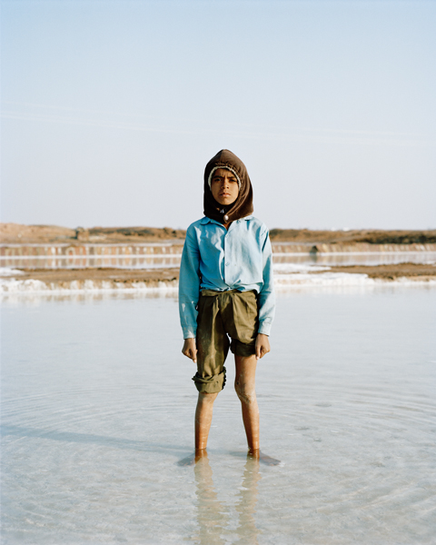 <em>Boy in Salt Pond, Rajasthan</em>, Drew Kelly
