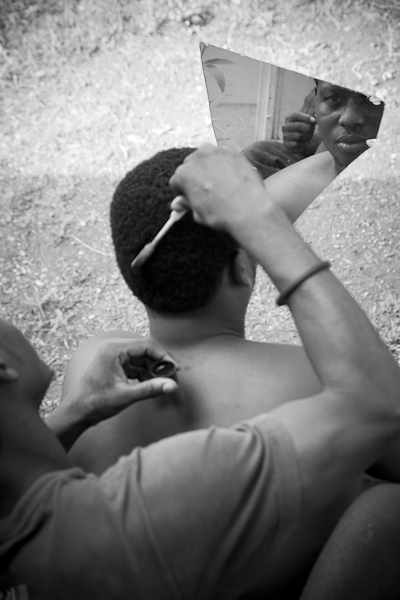 <em>Haircut and color, Haiti</em>, Kerry Rodgers