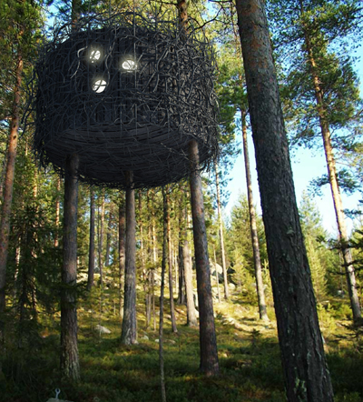 All photography courtesy of Treehotel. (Click images to enlarge)